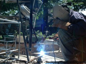 Welding the foundry's frame